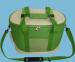 Цены на Green Glade Сумка - холодильник Green Glade TWCB 1285 Характеристики Тип: Изотермическая сумка - холодильник Вес: 0,  7 кг Все размеры: 40*24*28,  5 см Материал: полиэстер. Объем: 25 л. Особенности: Сохранение температурного режима до 12 часов. упаковка вес кг: 0