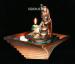 Цены на Фонтан: Фараон медный,   свечка Небольшой фонтан выполненный в виде головы фараона,   в квадратной ребристой чаше. Вода от шеи фараона двумя каскадиками стекает в основание фонтана. Фонтан украшен камешками и свечкой. Недорогой корпоративный подарок сослуживц